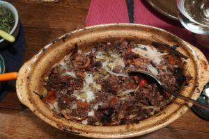 Wild stew med hybenchutney